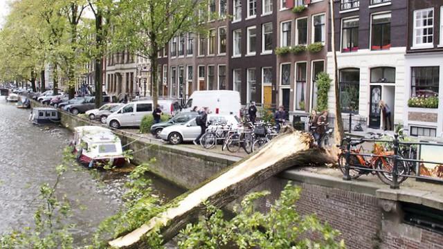 657814-131029-amsterdam