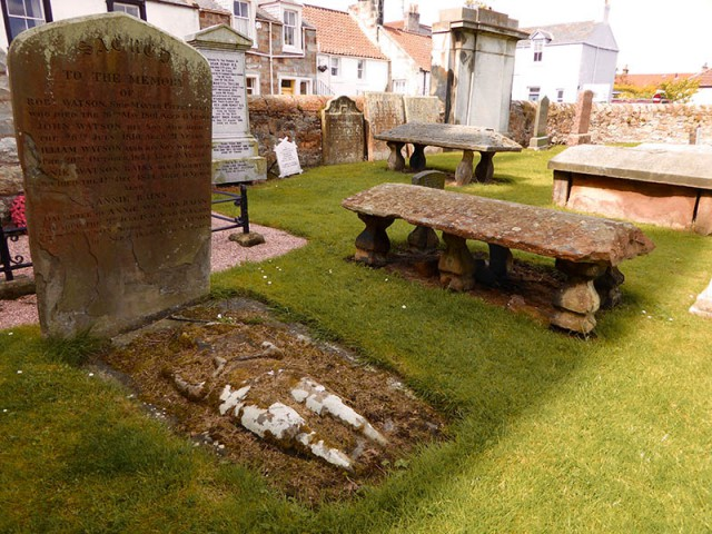 Graves in Pittenweem
