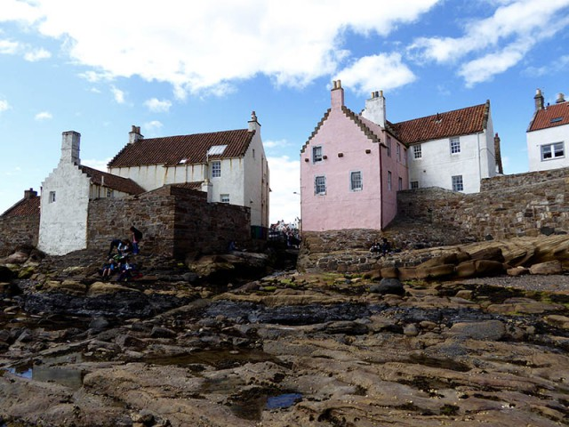Pink house in Pittenweem