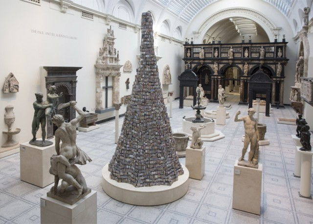 Tower-of-Babel_Barnaby-Barford_London-V-and-A-museum_dezeen_784_4